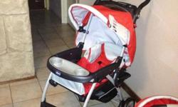 Chicco Travel Set Pram + Car Seat in good condition. R