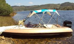 old comarro speed boat with 150hp mercury v6 motor very