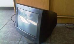 Beskrywing im selling a monitor for R 250-00
