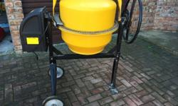 Concrete mixer (electrical) 550w 135litre See pictures