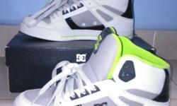DC shoes for sale in mint condition size8 only wore it