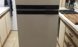 Second hand Defy Fridge and Freezer for sale!Good