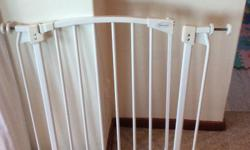 Dream Baby Safety Gate for sale