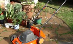 Flymo 1.4 kW 40cm wheeled mower, plastic body and