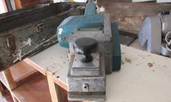 Electric planer in good condition.