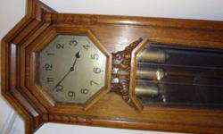 Antique grandfather clock in excellent condition - must