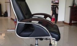 Black leather executive office chair Lumbar support