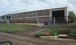 Beskrywing To let 150 sq/m at R32 sq/m factory in