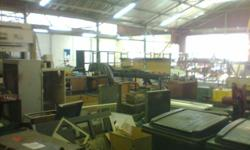 725m2 workshop/factory/warehouse to let in Wadeville.