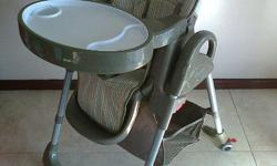 Very neat and freshly cleaned feeding chair with