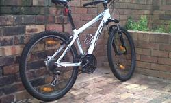 Soort: Bicycle Soort: Mountain Bikes Bicycle was