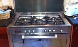 This Gas Hob and Oven is reliable, clean and tidy. It