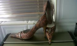 Klere/Shoes/Accessories: Women's shoes I have for sale