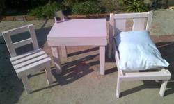 Girls playset bed, dressing table and chair R600