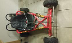 5 HP GO CART. AUTOMATIC. THROTTLE AND BRAKES ON