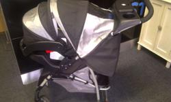 Graco Mirage Plus stroller and infant carseat mint