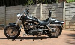 Selling Dyna Fat Bob Extras:  Mustache bar, Vance Hines
