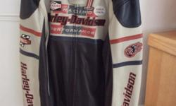 Harley leather jacket size XL. Never worn . New price