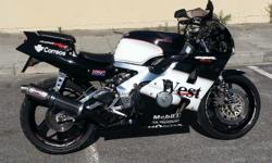 SELLING A HONDA CBR 400 NC 29 AS SPARES OR THE BIKE THE
