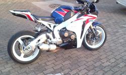 For sale 2011 Honda CBR1000 HRC 2 new tyers intergrated