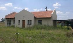 House for sale in Eloff, Delmas. House consists of : *