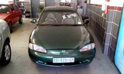 Hyundai Elantra 1.6 IS - R32 900.00 fuel saver ,