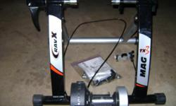 Beskrywing RAVX TX3 Indoor bike trainer. Excellent