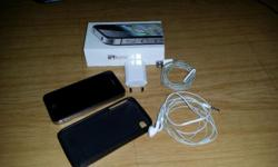 Black 16gig iPhone 4s with cover, box, charger and