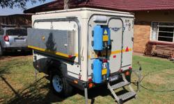 Off road caravan. 2004 model with a gas geyser, 65