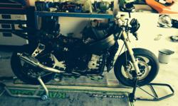 Kawasaki ZXR400 strpping for spares. Ex race bike. Race