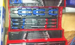 KING TONY 61 PIECE TOOLBOX SET IN EXCELLENT CONDITION