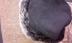 I am selling X 2 ladies cashmere hats as new in