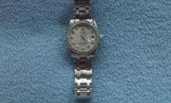 Beskrywing Ladies Rolex Automatic new and unused.