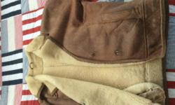 Warm genuine leather Lamy coat Size 12/14 For any
