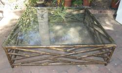 Glass top. For a large patio. Size: 140cm x 138cm wide