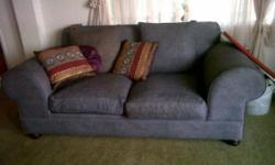 Beskrywing Excellent Cond. Like New For Large Lounge