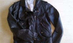 Genuine leather ladies biker jacket, size small. Label