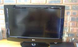 LG 32inch LCD TV - 2 years old , still in good