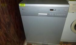 DISHWASHER in exellent condition only 5 months old