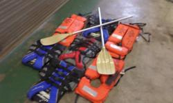 7xlife jackets plus set of oars