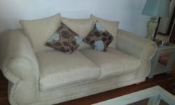 I am selling a lovely three piece lounge suite that is