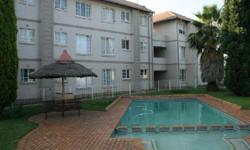 Lovely upstairs unit, 2 bedroom flat,in a secure