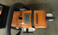 chainsaw like new  spare blades and tool kit