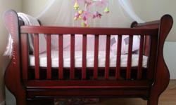 Beautiful, big mahogany sleigh cot for sale. In very