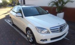 2008 Mercedes Benz C200k This vehicle has all the bells