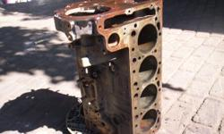 Mercedes w123 series 240D engine block with main