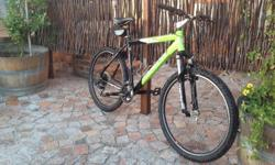 Medium size mountain bike with V Brakes and Shimano