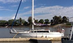 Miura yacht for sale. 30' Built for cape conditions -