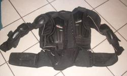 "Motocross Chest Guard ""EVS Balistic Jersey"", like new"
