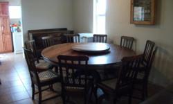 Beskrywing Round 10 seater Blackwood Table with 10